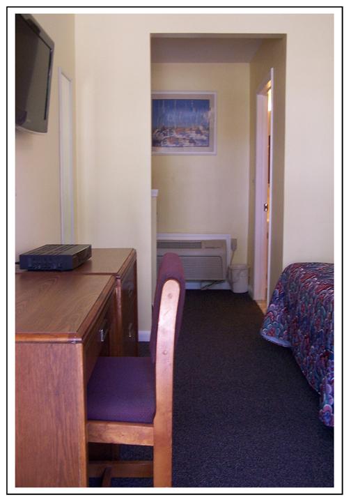 Weathervane Motel Lanesboro Ma